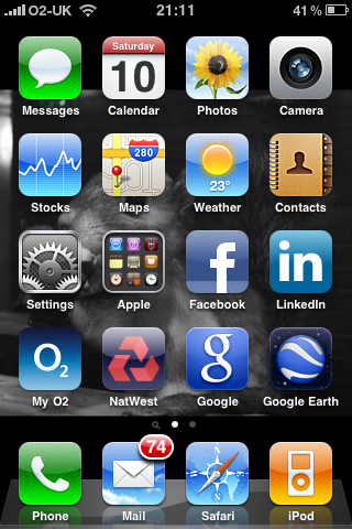 iPhone 3GS (with IOS4) - screenshot of iPhone desktop