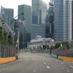 Looking towards the Fullerton Hotel - a nice piece of track to put pedal to the metal!