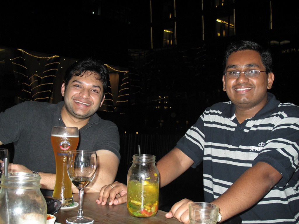 Abhishek and Amarnath enjoing evening funness! And yes there was Edhinger for Abhishek ;)